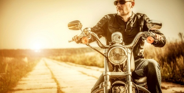 How To Drive Your First Motorcycle: 10 Tips For Men