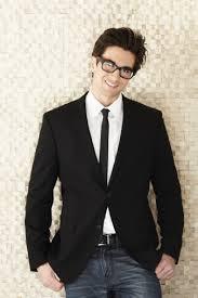 Semi-Formal Attire for Men: 10 Fashion Tips You Should Know